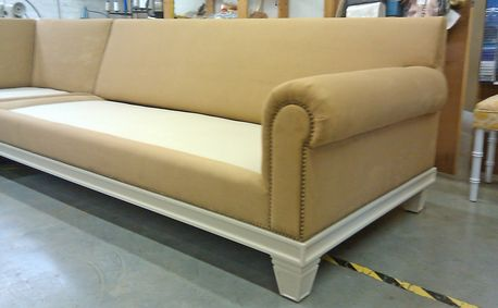 custom sofa construction